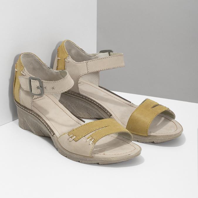 Leather wedge-heel sandals bata, gray , 626-2642 - 26