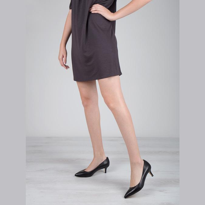Ladies' leather pumps bata, black , 624-6640 - 18